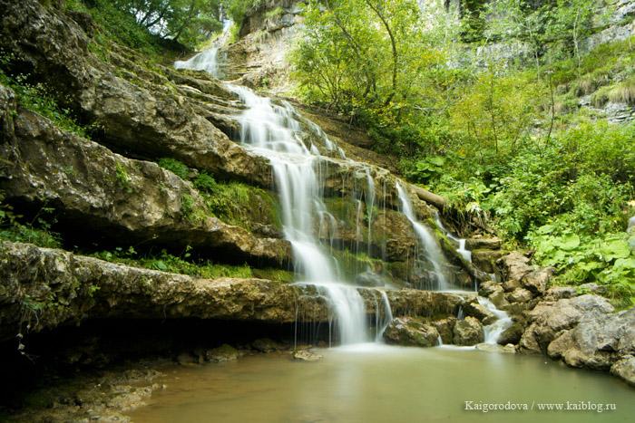 Водопад в верховьях Курджипса